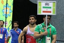 حسین خانی نماینده میزبان را شکست داد و طلایی شد