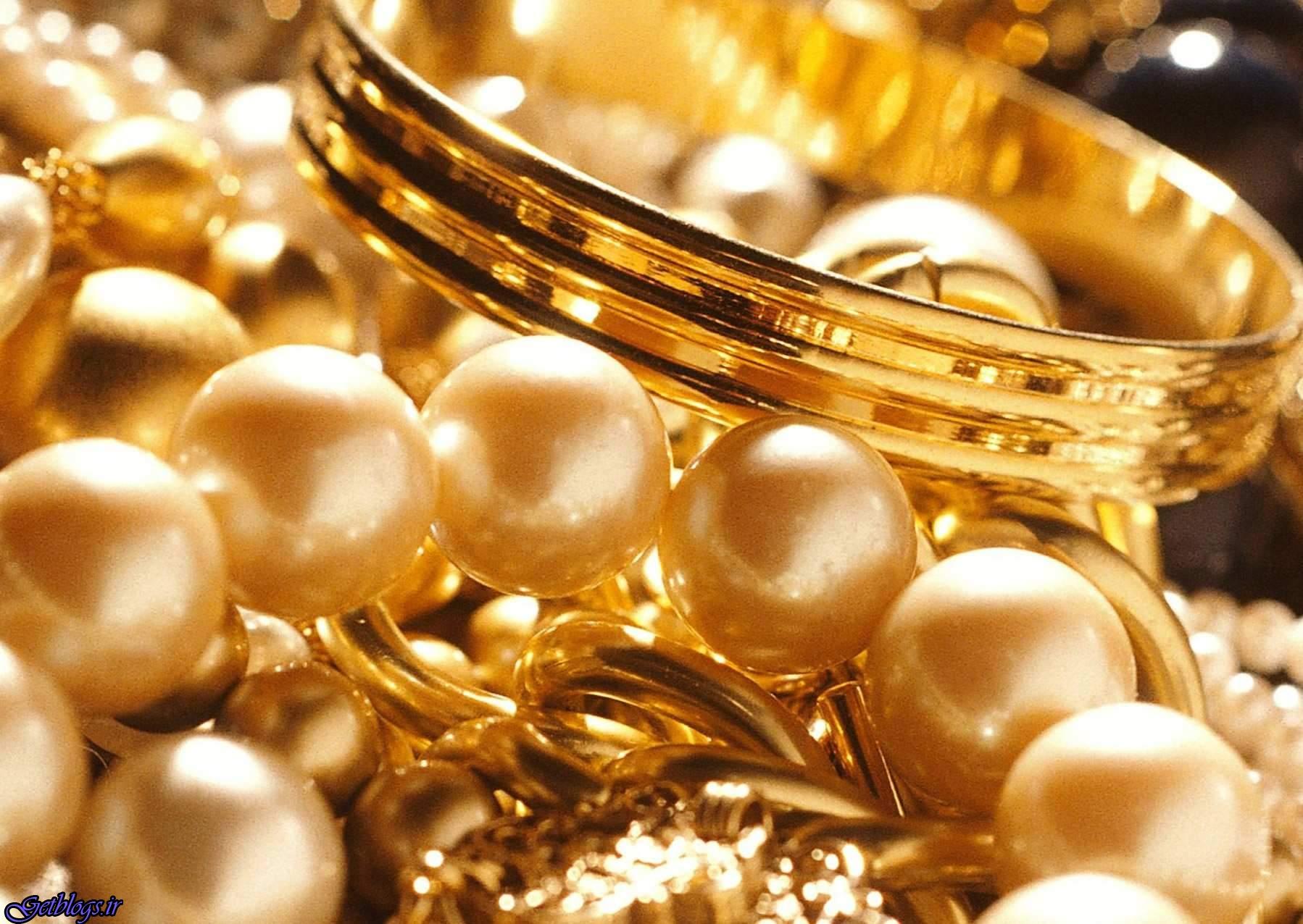 ۱۵ تن از این حجم طلا سکههای پیش فروش شده است است ، انباشت ۲۱۵ تن طلا در خانهها